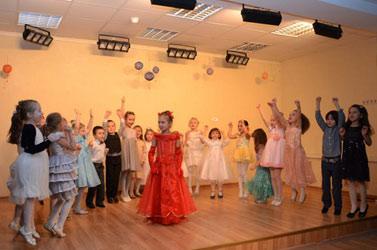 novogodny-pazdnik-teatralnaya-studiya-014.jpg